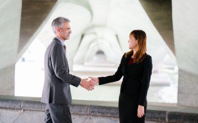 Het overdragen van je bedrijf: wat kan de notaris voor je betekenen?